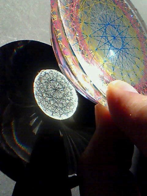 糸張りクリスタルレジン重なる二十枚の花片1