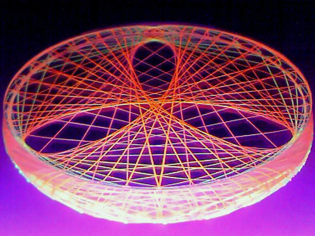 蛍光糸張りクリスタルレジン極光の三つ葉