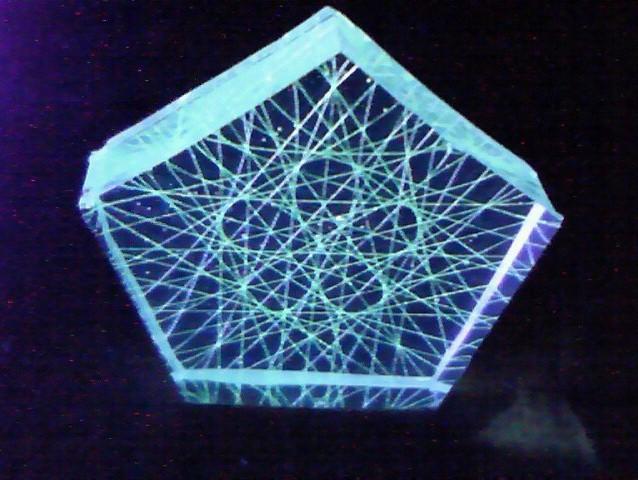 コンパクト糸張りクリスタルレジン小さな蛍光五つ葉
