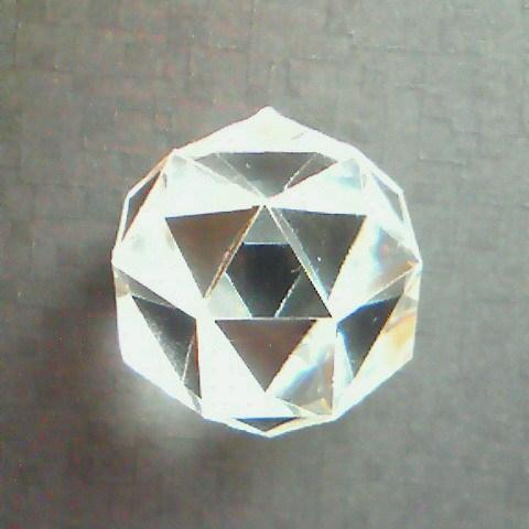 デブコン斜方立方八面体