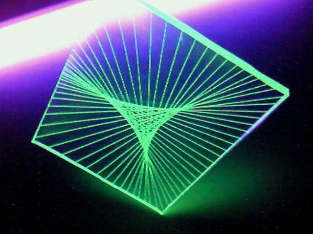 蛍光糸張りクリスタルレジン蛍三角星